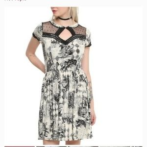 Hot topic alice storybook printed dress size XL